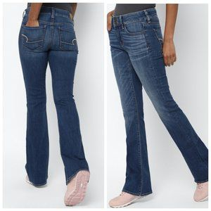 AMERICAN EAGLE Artist Low Rise Flare Blue Jeans